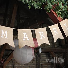 wimpelkette just married aus jute